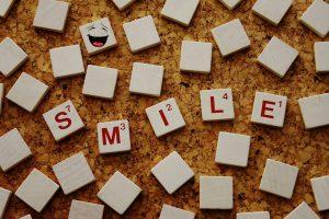Smile-Lachen-Selbstbewusstsein
