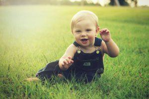 Baby lächelt - Mimik