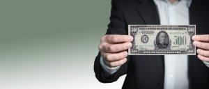 Mann mit Geldschein - Präsentationstechniken