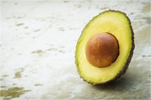 Avocado zeigt eine Kernbotschaft