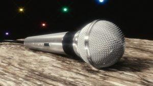 Interview Körperhaltung Mikrofon