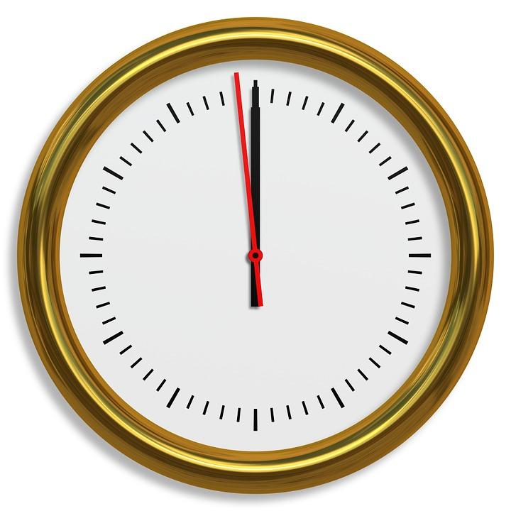 Uhr kurz vorm Schluss Vortrag halten