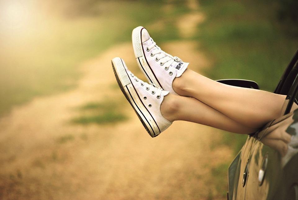 Füße hängen raus - Nervosität