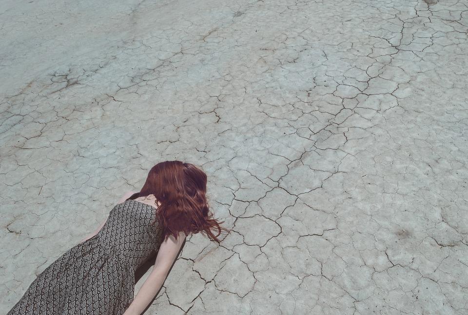 Frau hingefallen