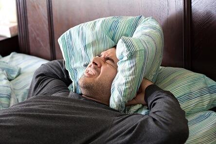 Schlafen mit Albträumen