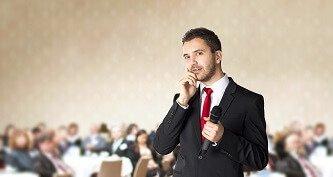 Businessman Reden halten